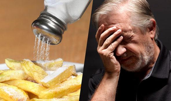 Dhimbjet e kokës zvogëlohen nëse e zvogëloni konsumimin e kripës