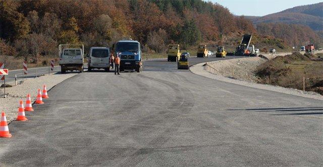 Do të përshpejtohet intensiteti i ndërtimit të autostradës Kërçovë-Ohër
