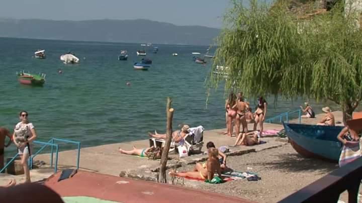 Struga dhe Ohri të mbushur me turistë (VIDEO)