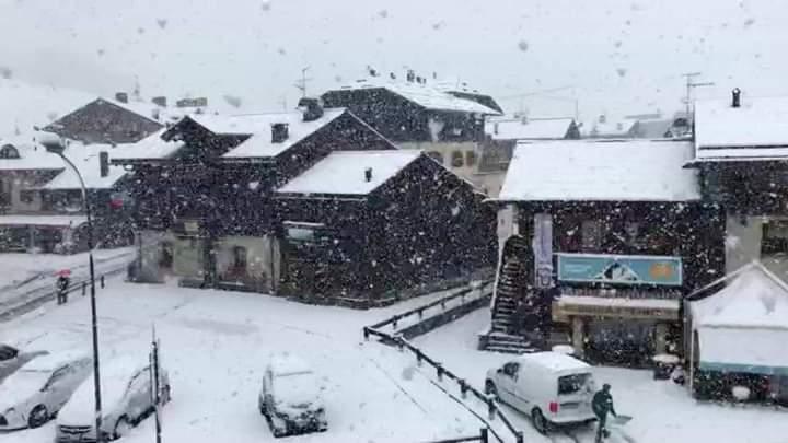 Po bie borë në Austri dhe Itali (VIDEO)
