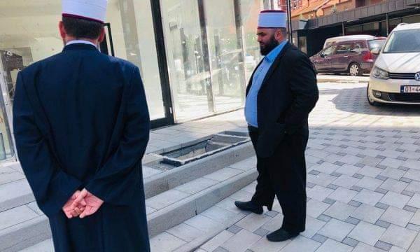 Vrasja në Prishtinë: Shefqet Krasniqi dhe Fatmir Latifi shkojnë për t'i pajtuar dy familjet
