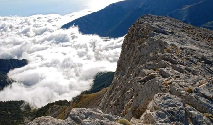 Vdes në malin e Olimpit alpinisti shqiptar nga Maqedonia e Veriut