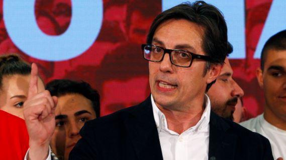 """Presidenti """"konsensual"""" Pendarovski uron vetëm maqedonisht, harron përdorimin e gjuhës shqipe! (VIDEO)"""
