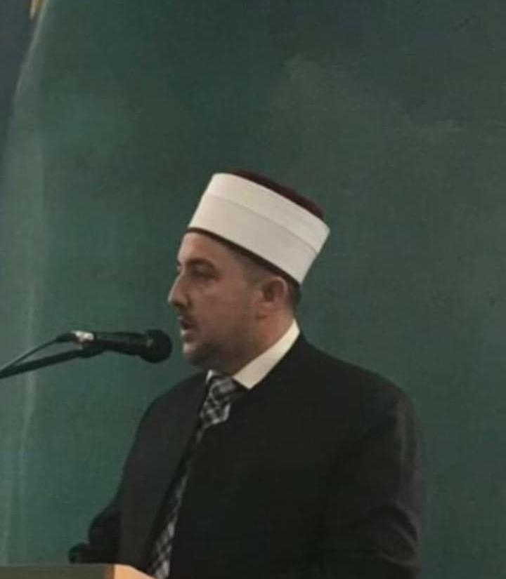 Myftiu Salim Sulejmani: Ata që e ushqyen me bukë, ata shpifin për BFI-në dhe institucionet shtetërore heshtin