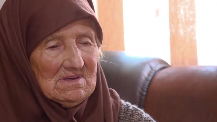 Edhe kjo ndodh në Maqedoni: 90 vjeçarja akoma nuk ka asnjë dokument identifikimi, ja rrëfimi i të moshuares shqiptare (VIDEO)