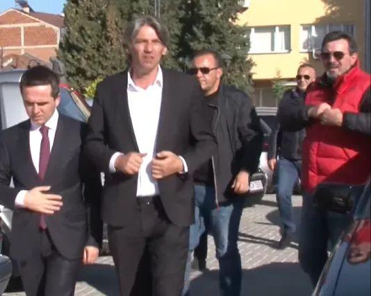 Liderët shqiptarë në opozitë intensifikojnë bisedimet për zgjedhjet e 12 prillit