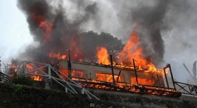 Zjarri kaplon barakën në Tetovë, një i vdekur (FOTO)