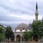 Studentët maqedonas peticion kundër ezanit në Shkup