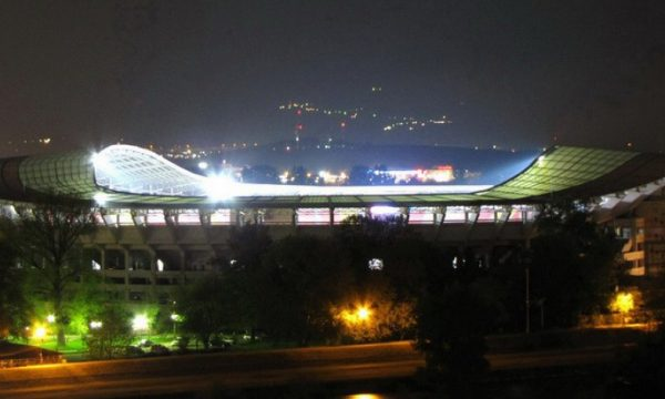 Zyrtare: Maqedoni-Kosovë luhet në Shkup