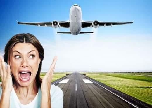 Ja mënyrat për t'i shpëtuar frikës nga udhëtimi me avion