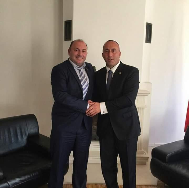 Haklaj: Ramush Haradinaj është Emblemë Kombëtare