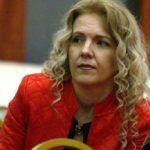 Profesoreshës Karakamisheva i pengon thirrja e ezanit (FOTO)