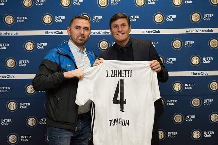 "Legjenda e Interit, Javier Zanetti me bluzën e klubit strugan FC STRUGA ""Trim&Lum"" (FOTO)"