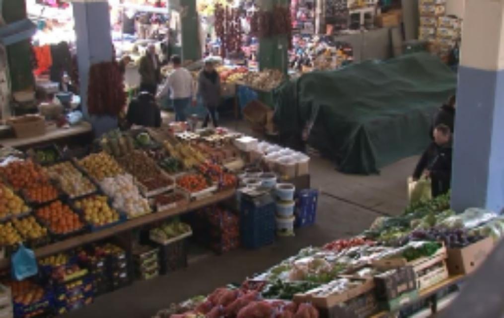 NJOFTIM: Tregu i Gjelbër në Strugë, të shtunën mbyllet në ora 15:00