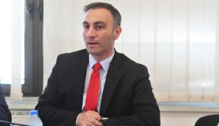 Artan Grubi shpreh keqardhje për Kosovën pas rënies së Albin Kurtit