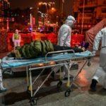 Nuk përjashtohet teoria e laboratorit në Kinë/ Mediat britanike: Stafi u spërkat me gjak