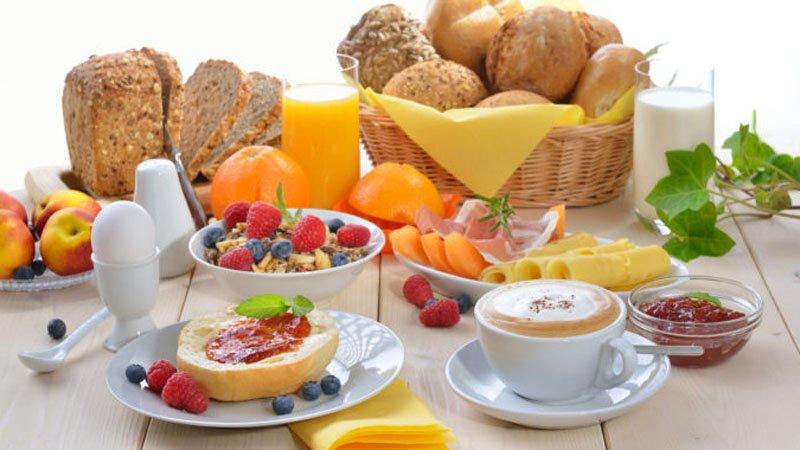 Ata që nuk hanë mëngjes janë më të rrezikuar nga zemra