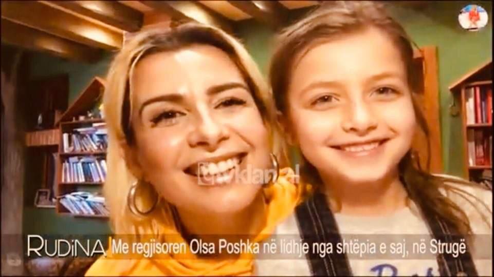 Regjisorja strugane Olsa Poshka me të bijën Poem, e ftuar te Rudina Magjistari (VIDEO)