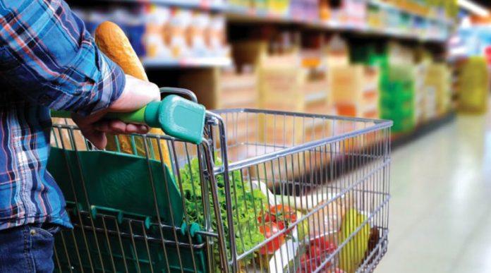 A rrezikojmë të infektohemi në supermarket ose floktore? Ja si përgjigjet virologu!