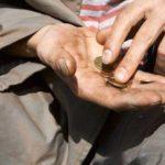 Koronavirusi mund të varfërojë gjysmë miliardi njerëz në botë