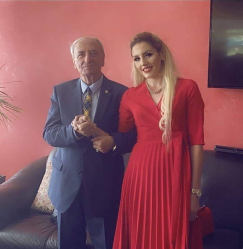 Martohet kryemyftiu Sulejman Rexhepi (FOTO)