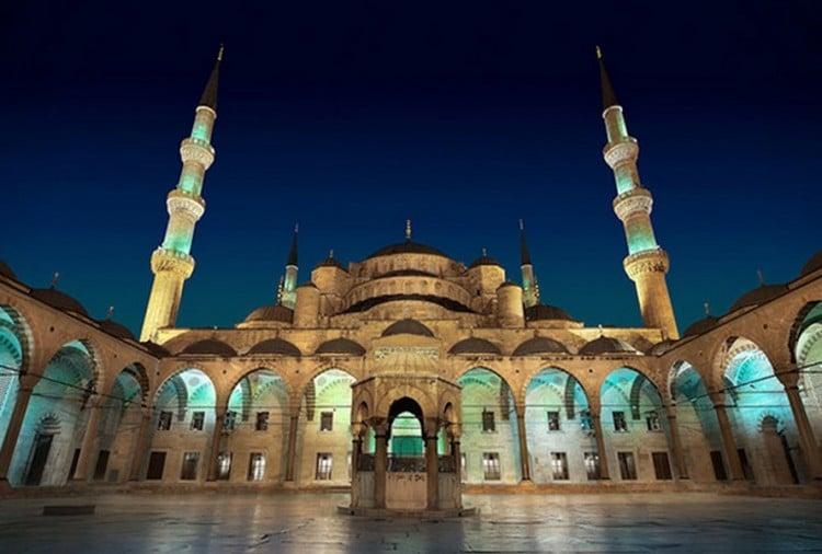 Sllovenia prej sot i hap xhamitë, Kroacia më 8 maj