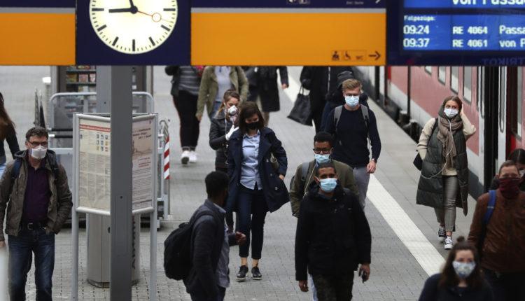 E thonë gjermanët: Maska mund të zvogëlojë përhapjen e COVID-19 për 40 për qind