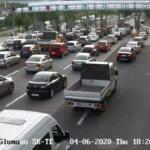 Kolona të gjata të makinave nga Shkupi për të shkuar në Strugë dhe Ohër sepse Shkupi është në karantinë për 80 orë (FOTO)