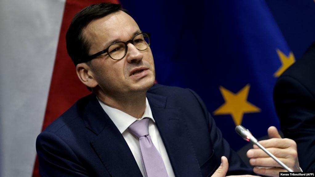 """Kryeministri polak: Koronavirusi është bërë një sëmundje si """"të gjitha tjerat"""""""