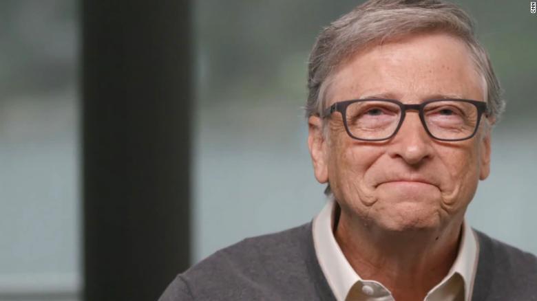 Bill Gates ndan 150 milion dollarë që vaksina kundër Covid-19 të shkojë dhe për të varfërit