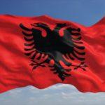Mali i Zi lejon shqiptarët të përdorin flamurin kombëtar