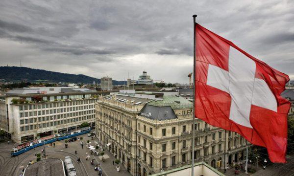 Zvicra vendos të mos bllokojë lëvizjen e lirë me BE