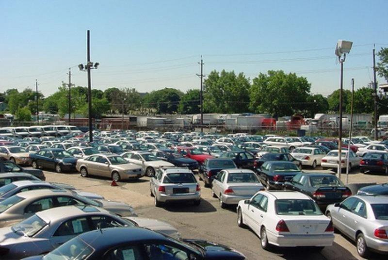 Do të legalizohen makinat me targa të huaja që qarkullojnë në shtetin tonë?