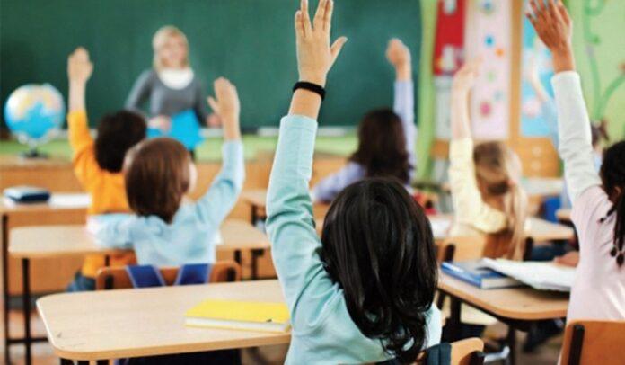 Që nga hapja e shkollave 76 nxënës dhe 167 arsimtarë me koronavirus
