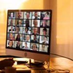 Profesori bën s*ks me partneren e tij përpara studentëve, gjithçka ndodhi gjatë mësimit online