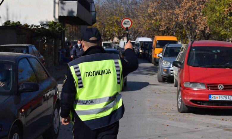 Edhe kjo ndodh/ Gjobitet deputeti në Maqedoni, shkeli rregullat e trafikut