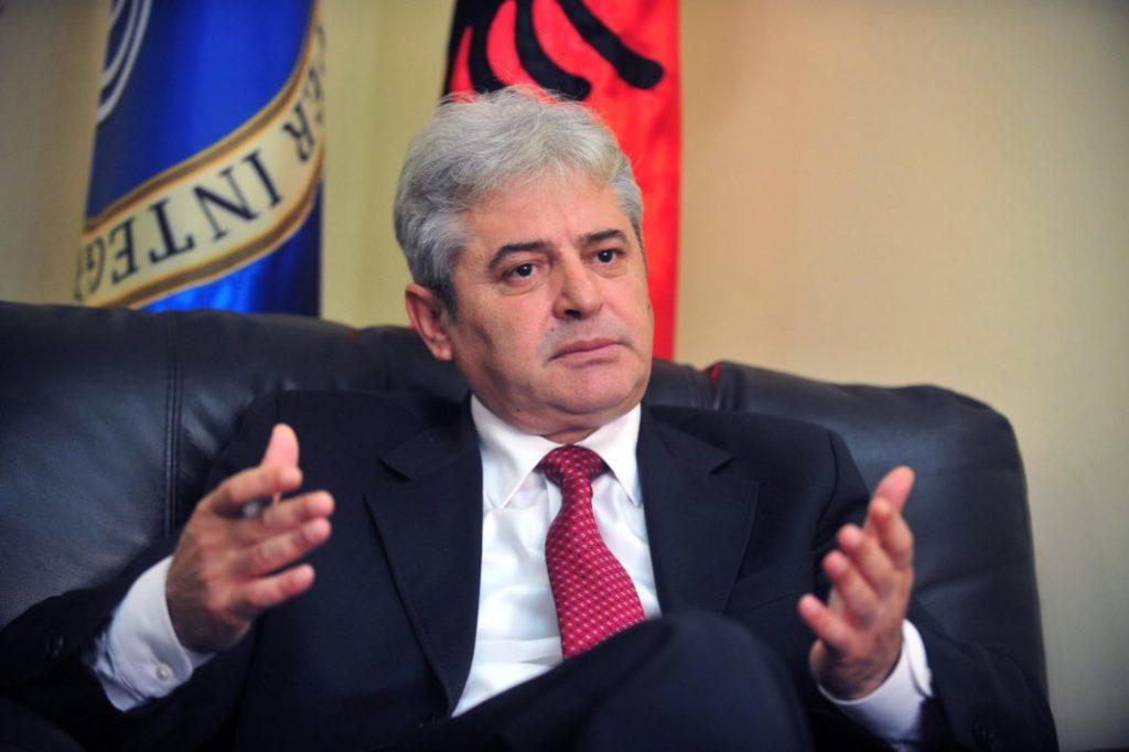 Ahmeti: Do të regjistrohet çdo banorë i lindur në Maqedoni