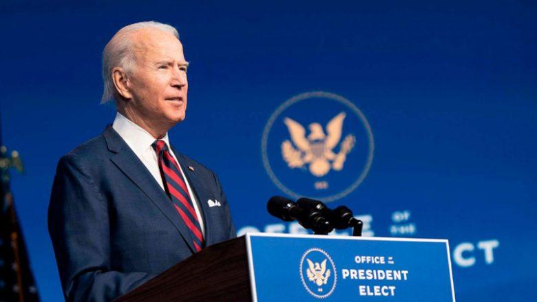 Biden përgatitet t'u japë shtetësinë 11 milionë emigrantëve në SHBA