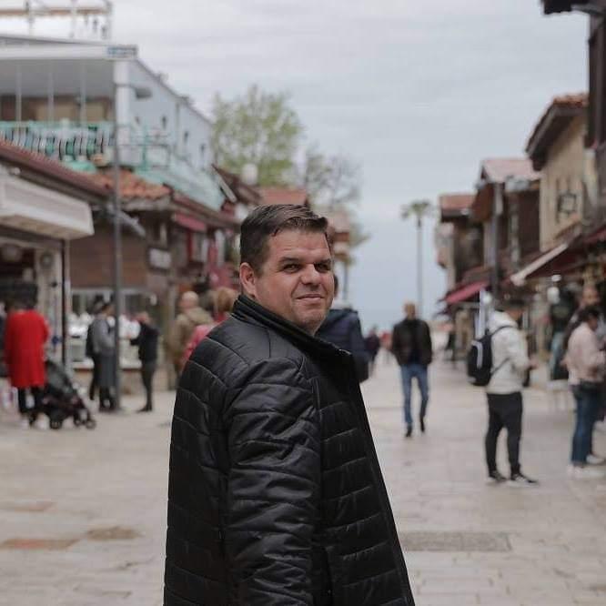 """Naser Pajaziti: """"Maqedonia është banane – shtet, lavatriçe e pastrimit të parave dhe kusuritjeve të interesave"""""""