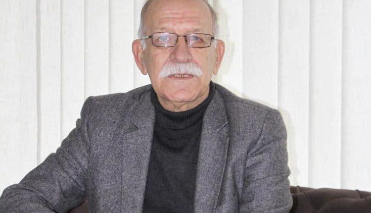 Ndërron jetë gazetari Anton Sereçi