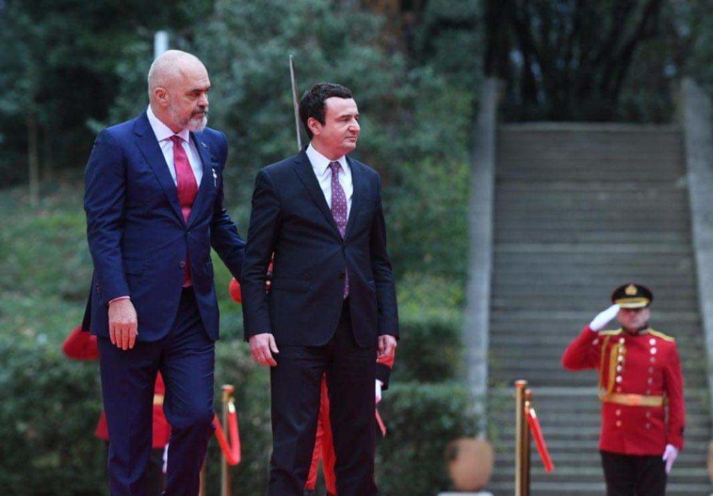 Albin Kurti uron Edi Ramën: Kosova nuk mundet pa Shqipërinë e Shqipëria nuk mundet pa Kosovën