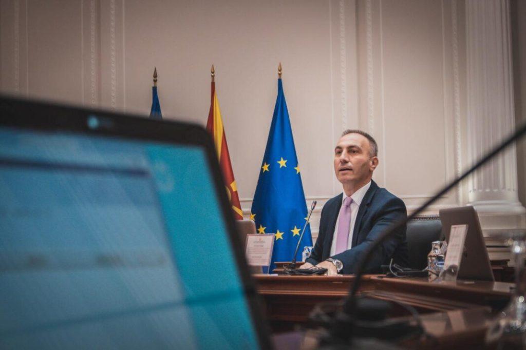 Artan Grubi thotë se 62% e shqiptarëve janë të kënaqur me Qeverinë