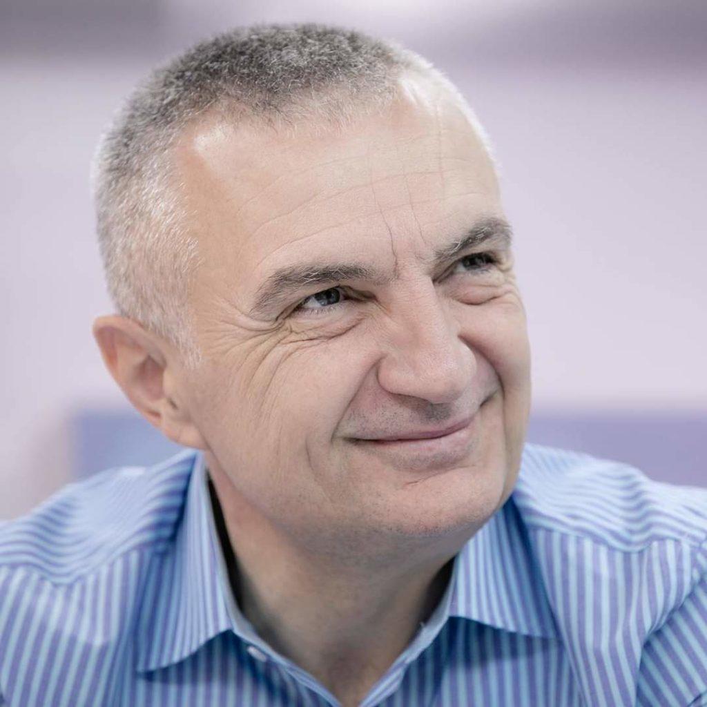 PS-ja ka siguruar mbi 50 nënshkrime për shkarkimin e Presidentit Ilir Meta