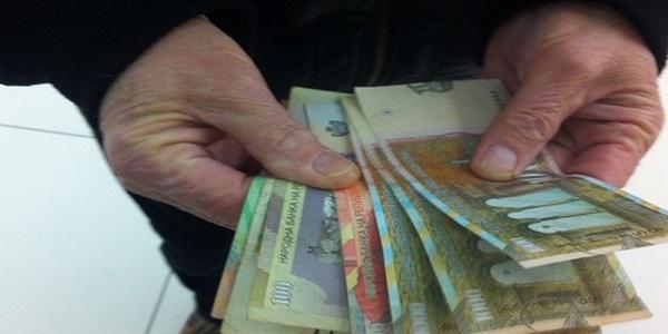 Pronarët s'japin pagat për muajin prill! Qeveria refuzon që paratë të transferohen direkt te punëtorët