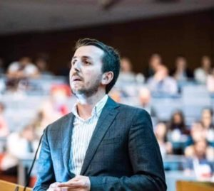 Dr.Shkëlqim Muharremi nga Frëngova, kandidat i BDI-së për këshilltar në Strugë (FOTO LAJM)