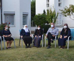 Idri Istrefi: Sytë e nënave tona nuk thahen nga lotët e derdhura për djemtë e vajzat e tyre në mërgim (FOTO)